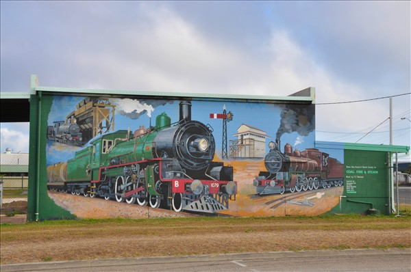 One of Bowen's many murals